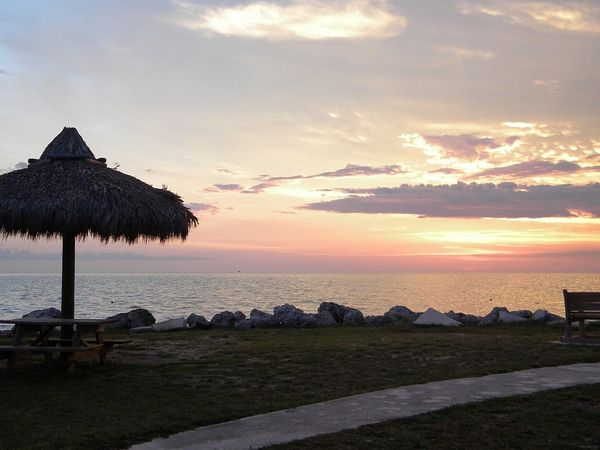 Tiki Beach (compare to BBW)