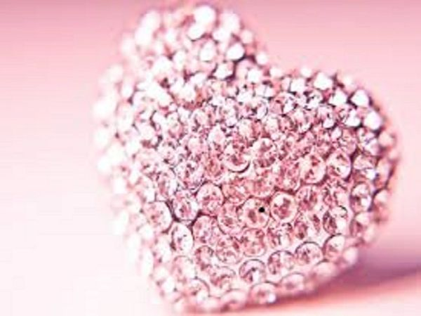 Bombshell Sparkles (compare to VS Bombshell Diamonds)