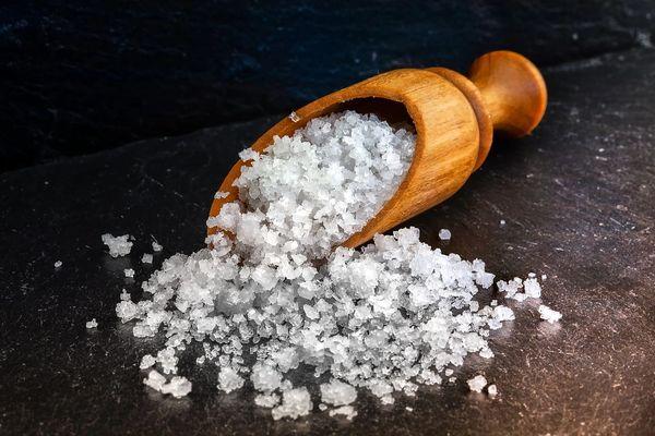 Salt Sample - Rose Quartz