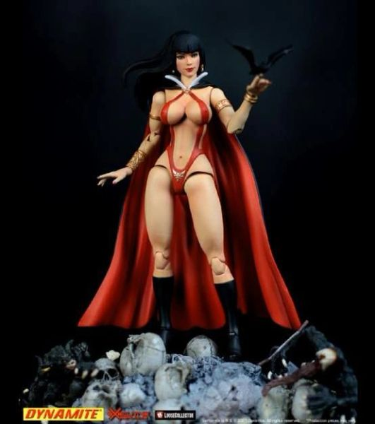 *PRE-SALE* Executive Replicas Vampirella 1/12 Scale Action Figure
