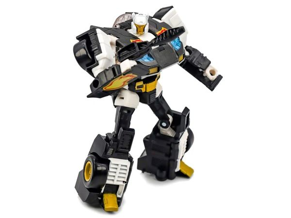 Transformers Power of the Primes Deluxe Exclusive Ricochet Action Figure