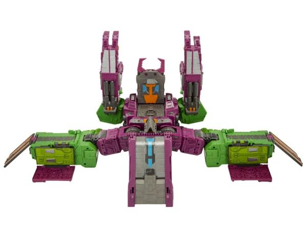 Transformers War for Cybertron: Earthrise Titan Scorponok Action Figure