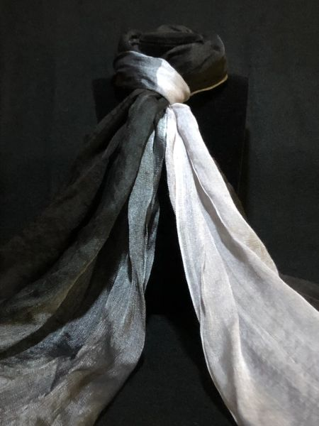 Black/Gray/Silver