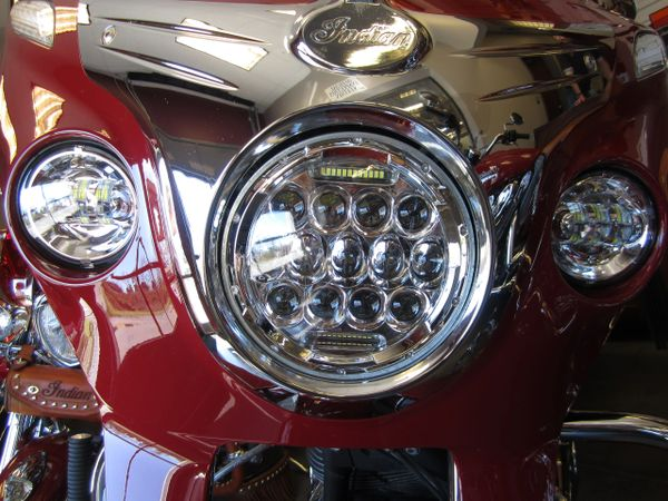 LED Headlight and Passing Lamps Chrome - 14-UP Chiefs - D0875