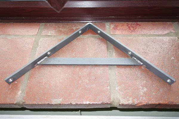 "1"" Wide Heavy Duty Shelf Bracket"