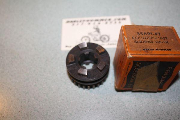 NOS 35691-47 Transmission Countershaft Sliding Gear
