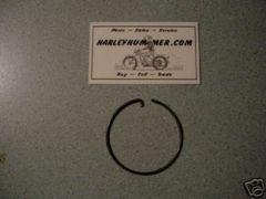 68105-20 Tail Light Lens Retainer