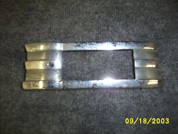 46-48 park light bezel [L ] { L }