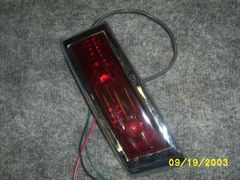 41-42 tail light complete [L]