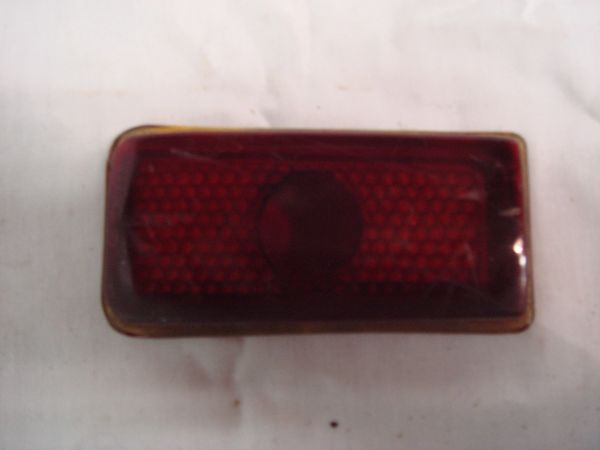49-50 tail light lens [inner]