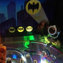 BATMAN66 PINBALL VUK AND KICKBACK ILLUMINATION