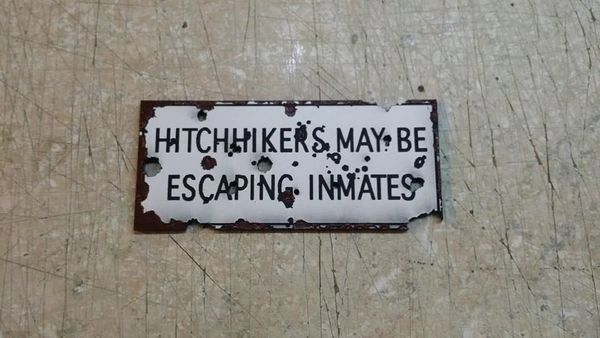 TWD Prison Hitchhiker Sign