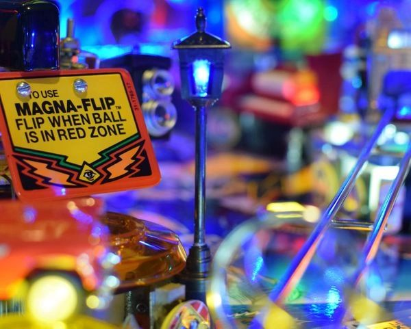 Twilight Zone Pinball Illuminated Street Lamp Mod