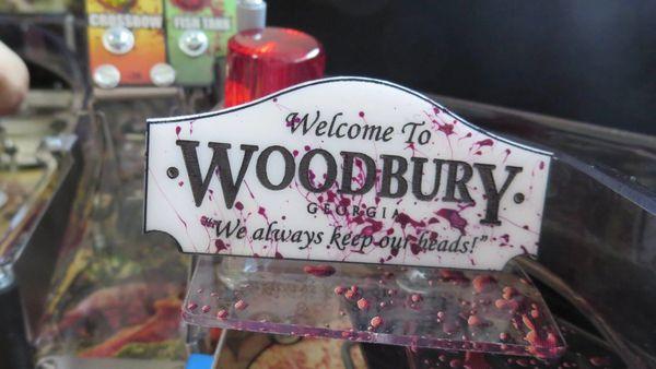 TWD WOODBURY SIGN