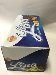 CZ_36 counts Lina Peanuts box