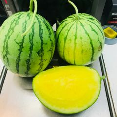 organic Yellow watermelon 有机黄肉西瓜1颗(6-7磅)
