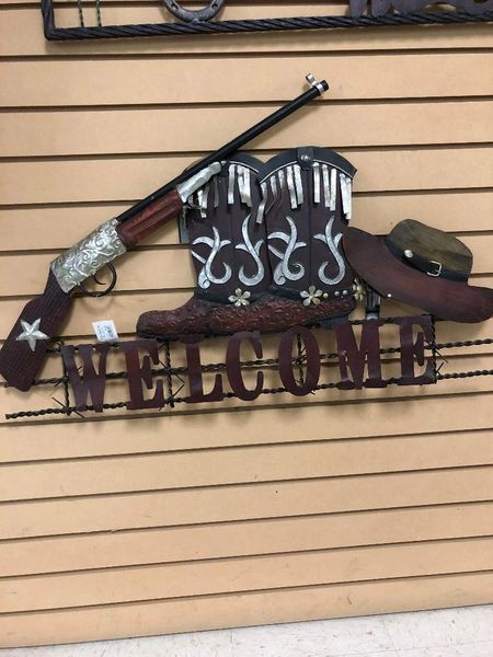 Metal Western Themed Welcome Sign