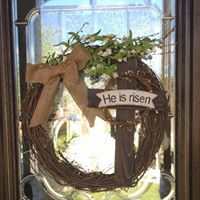 He is Risen Wreath