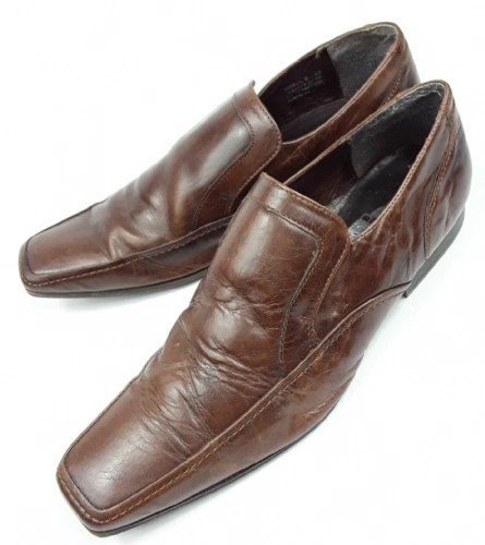 2008 quality retro slip on leather shoes size 9