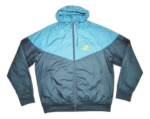 classic nike sportswear windbreaker size large