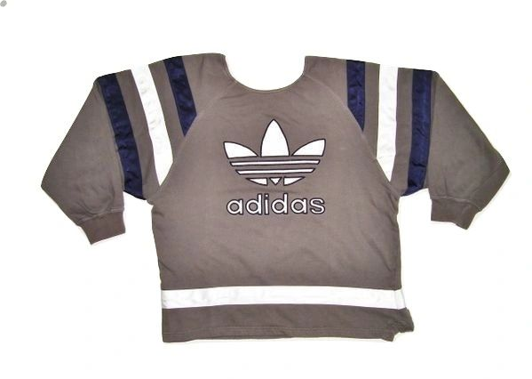 womens 90' oversized adidas sweatshirt size 10-12