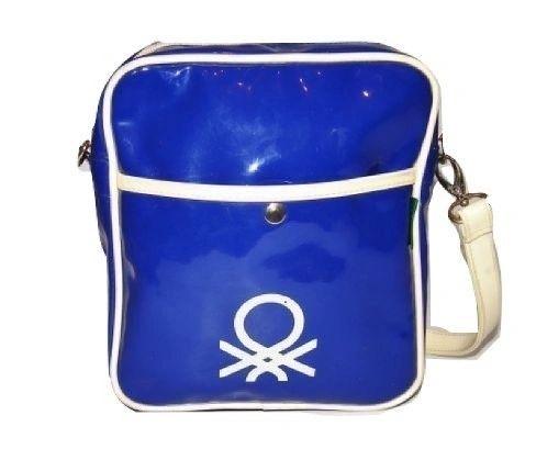 Deadstock 90's womens vintage benetton sholder pouch bag