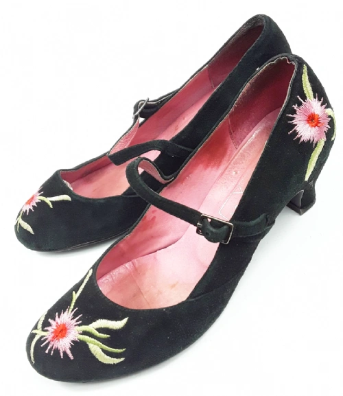 cute true vintage black velvet heels by office size uk 4