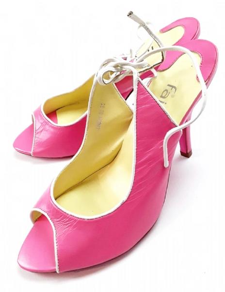 2004 vintage slingback pink heel shoes size 7