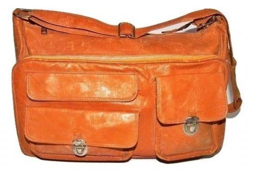 true vintage leather carry bag