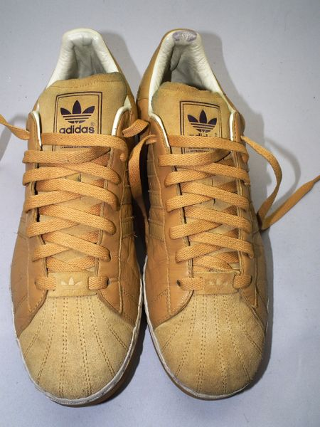2006 true vintage adidas suede superstars size UK 11