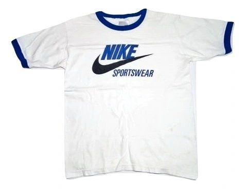 true vintage classic nike sportswear tshirt
