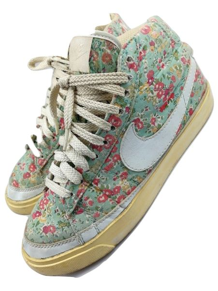 womens limited edition nike hightops released in 2011 size uk 4.5