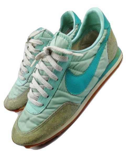 True vintage oldskool Nike womens trainers size UK 3 issued 1983
