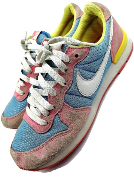 Vintage Nike womens trainers size UK 5 issued 2006