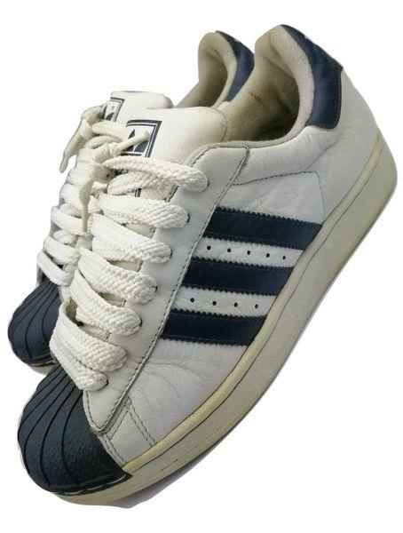 True vintage oldskool 2000 adidas superstars UK 6.5
