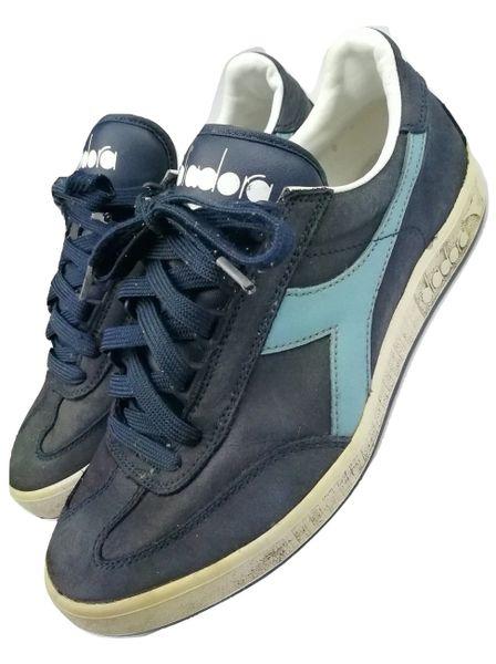 2004 true vintage diadora trainers size 7