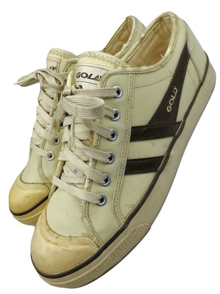 true vintage gola sneakers original trainers, issues from 2002 size uk 7