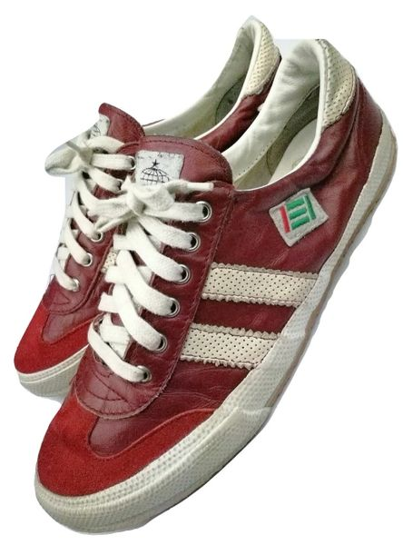 2002 True vintage red leather tst trainers UK 8