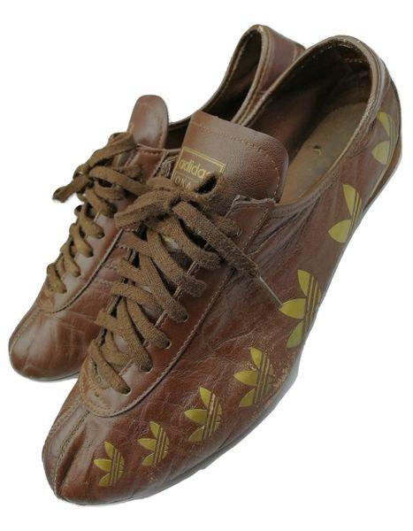 True vintage adidas Okapi mens trainers size UK 9 issued 2005