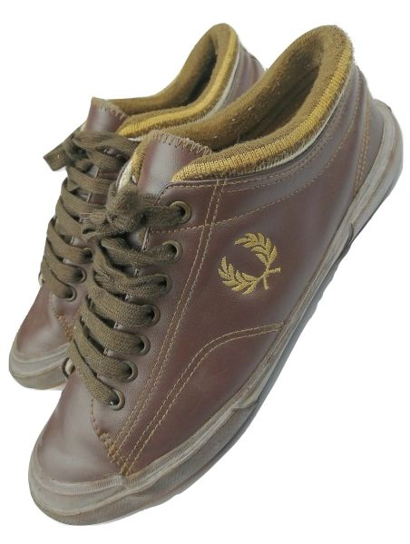 vintage fred perry trainers size uk 7 issued in 2006