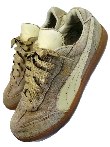 womens 2005 true vintage suede puma sneakers size 6.5