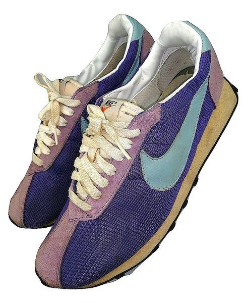 2007 true vintage deadstock nike sneakers size UK9