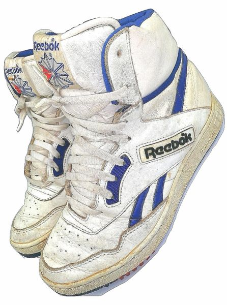 1990 true vintage reebok classic hightops size UK 9