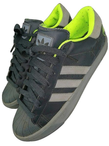 oldskool adidas shelltoes black size uk7 issued 2008