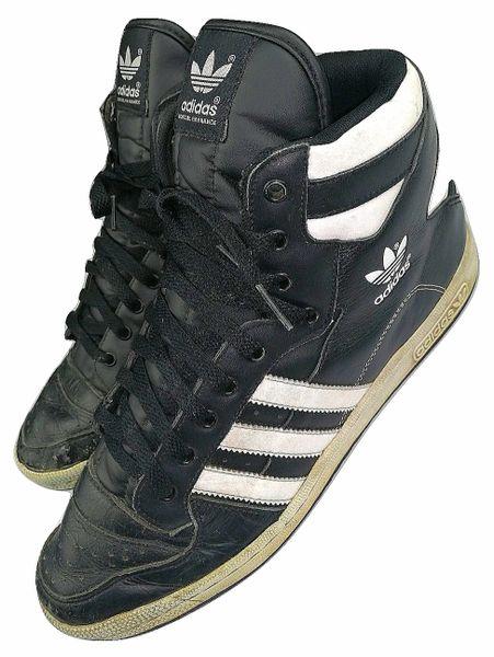 2011 mens oldskool adidas hightops size uk10