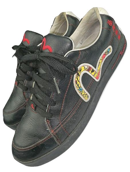 2007 vintage evisu trainers size 7