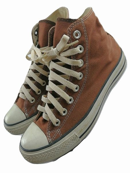 2005 original vintage converse high tops brown, size 6.5