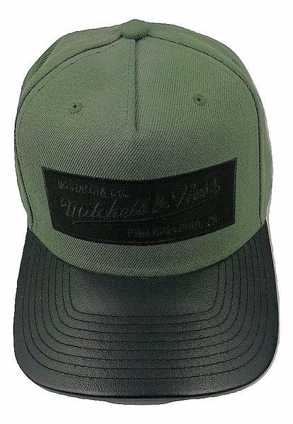 Retro Mitchell and Ness snapback logo cap