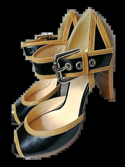 True vintage Northern wedge shoes UK5