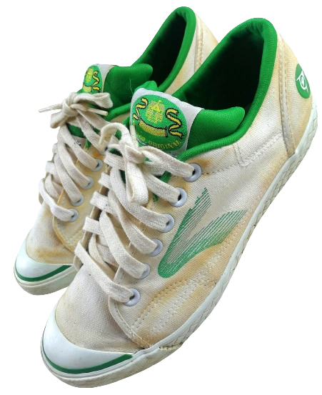 Size 8 true vintage Dunlop green flash trainers 1998